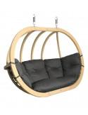 Wiszący fotel z drewna